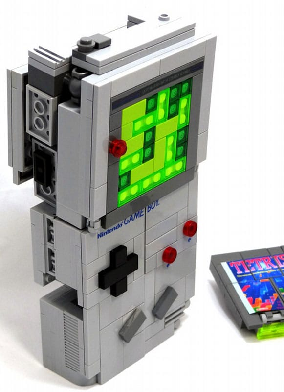 game-boy-lego-transformer