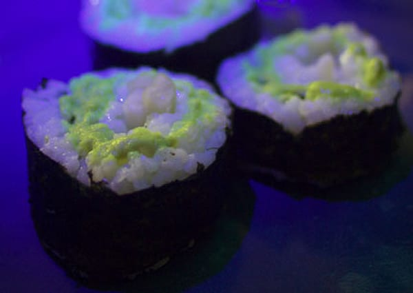 glow-in-dark-sushi