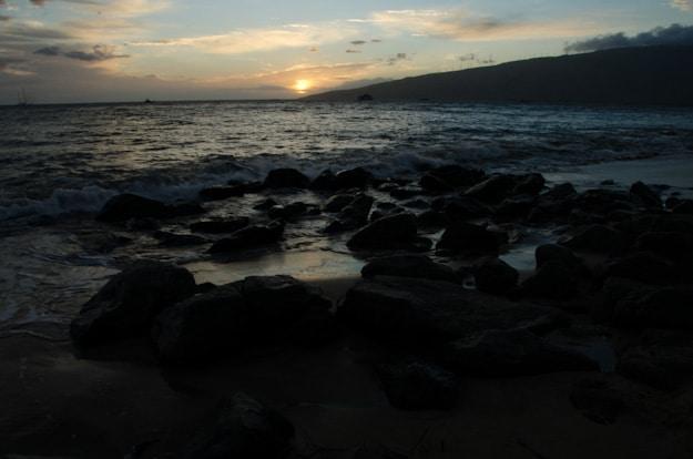 Sunset-Kihei-Maui-Hawaii-underexposed