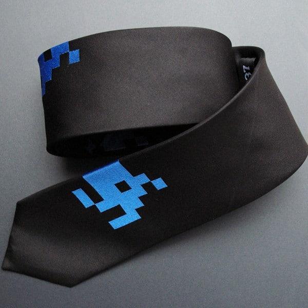 Space-Invaders-Mens-Tie