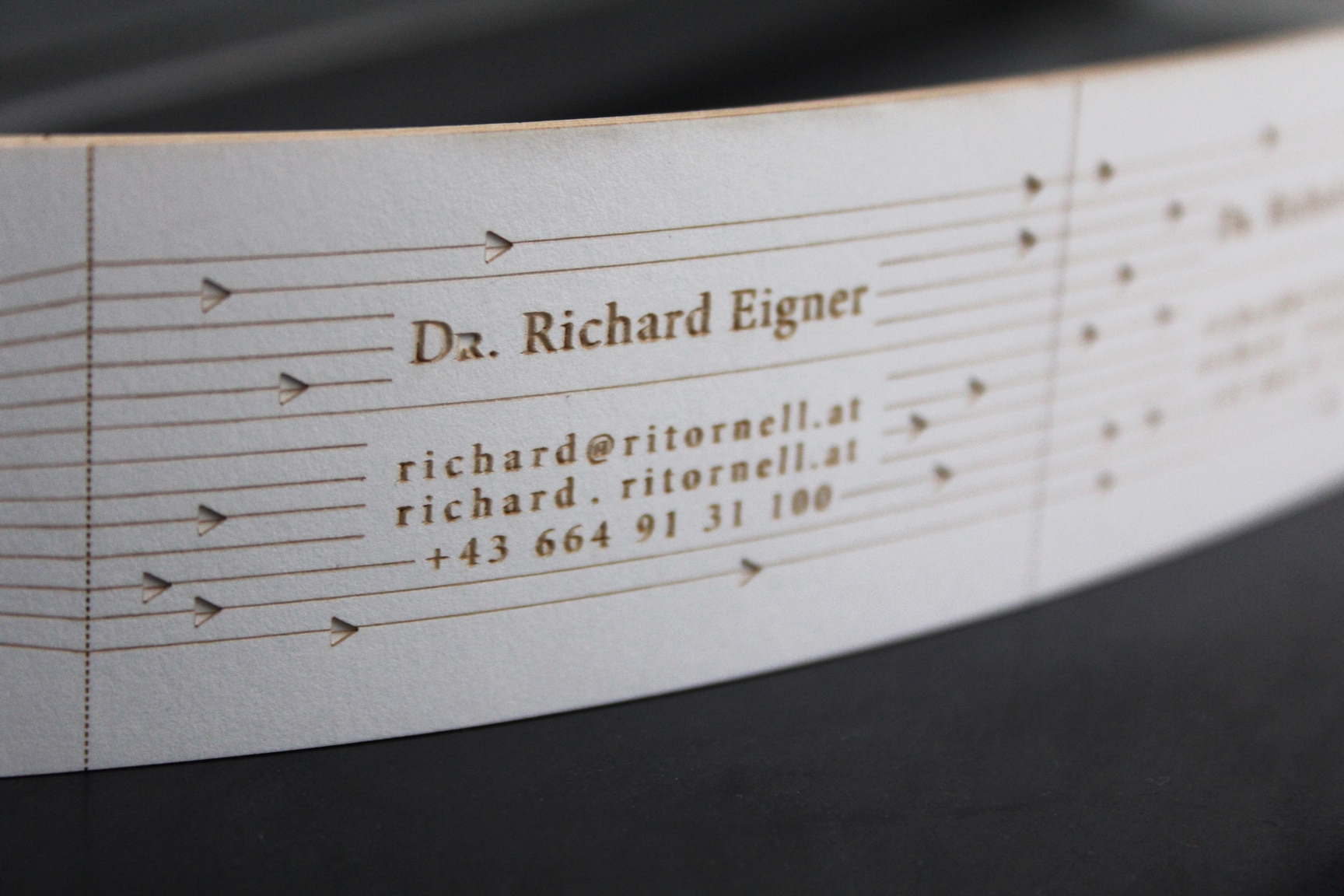 business-card-musicbox-strip