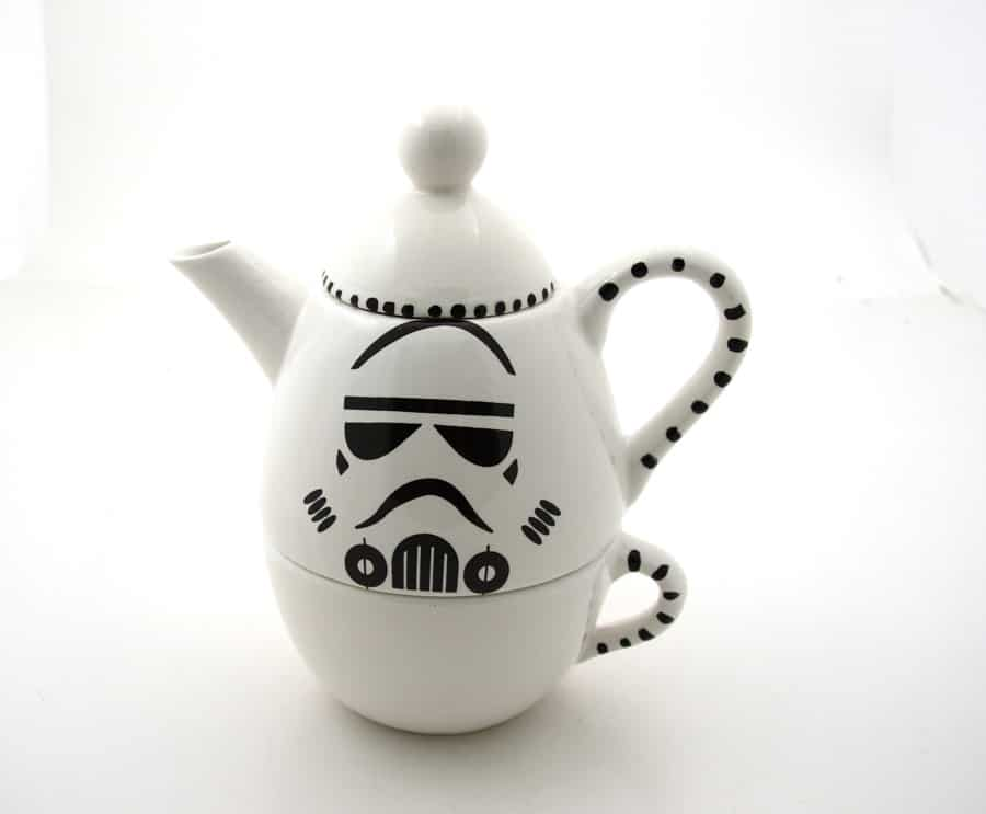 Star Wars Themed Tea Set Puts The Force Into Your Morning