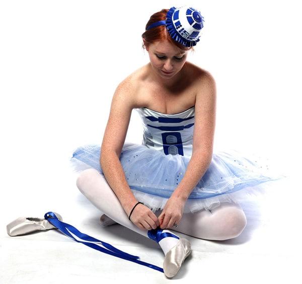 R2-D2-Ballerina-Cosplay