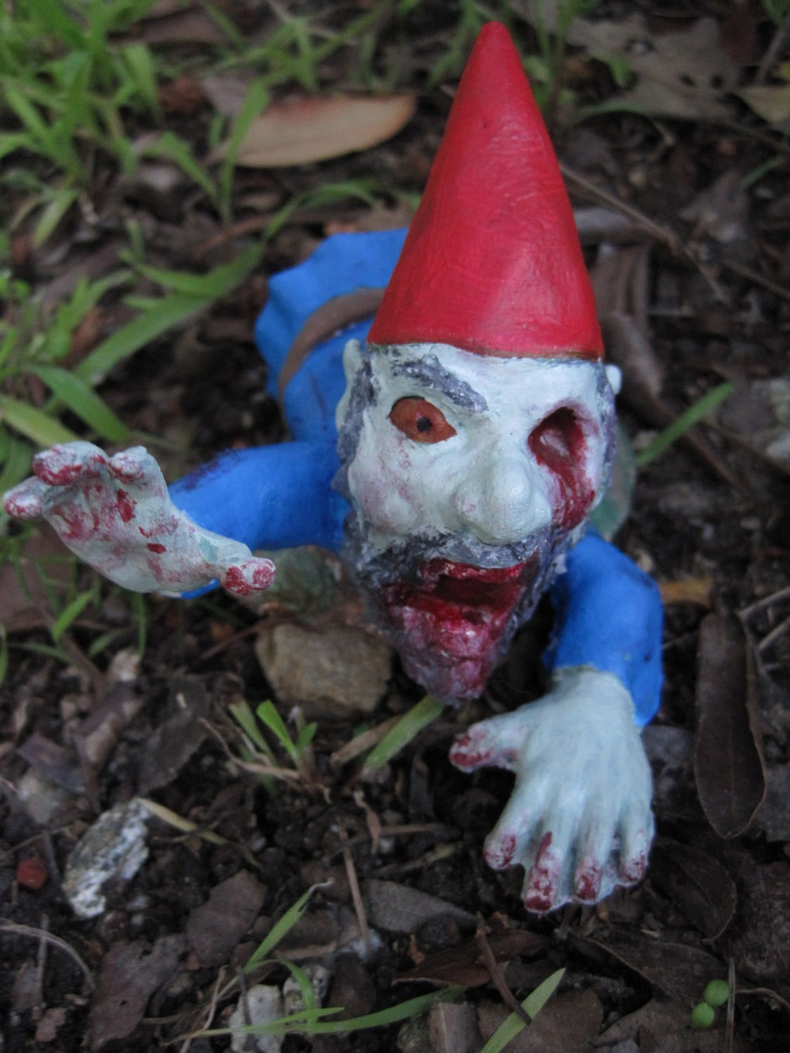 Gnome Garden: Infect Your Home With Flesh Eating Monster Zombie Gnomes