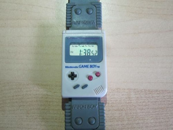 game-boy-wrist-watch-1
