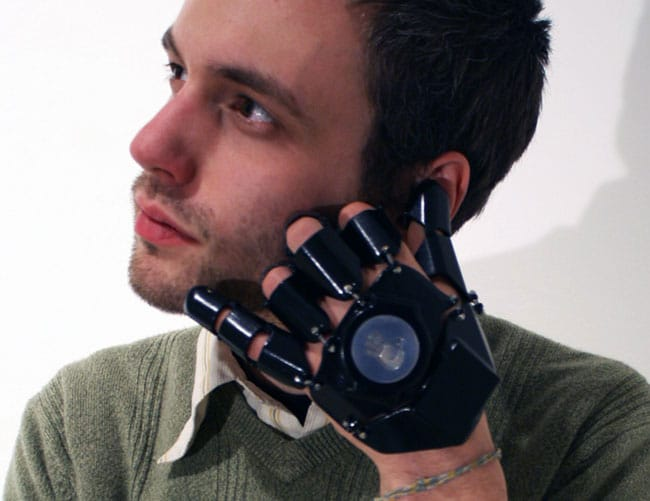 glove-one-cell-phone