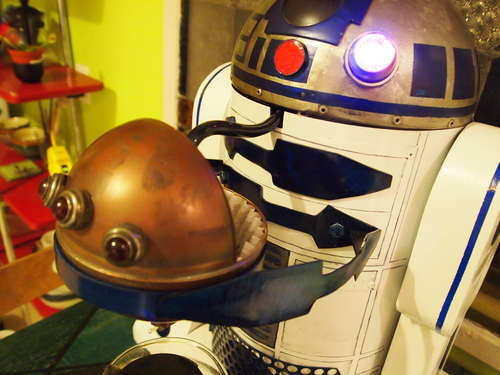 R2-D2 Custom Coffee Maker Doubles Up The Smiles