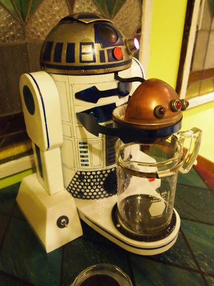 r2-d2-coffee-maker