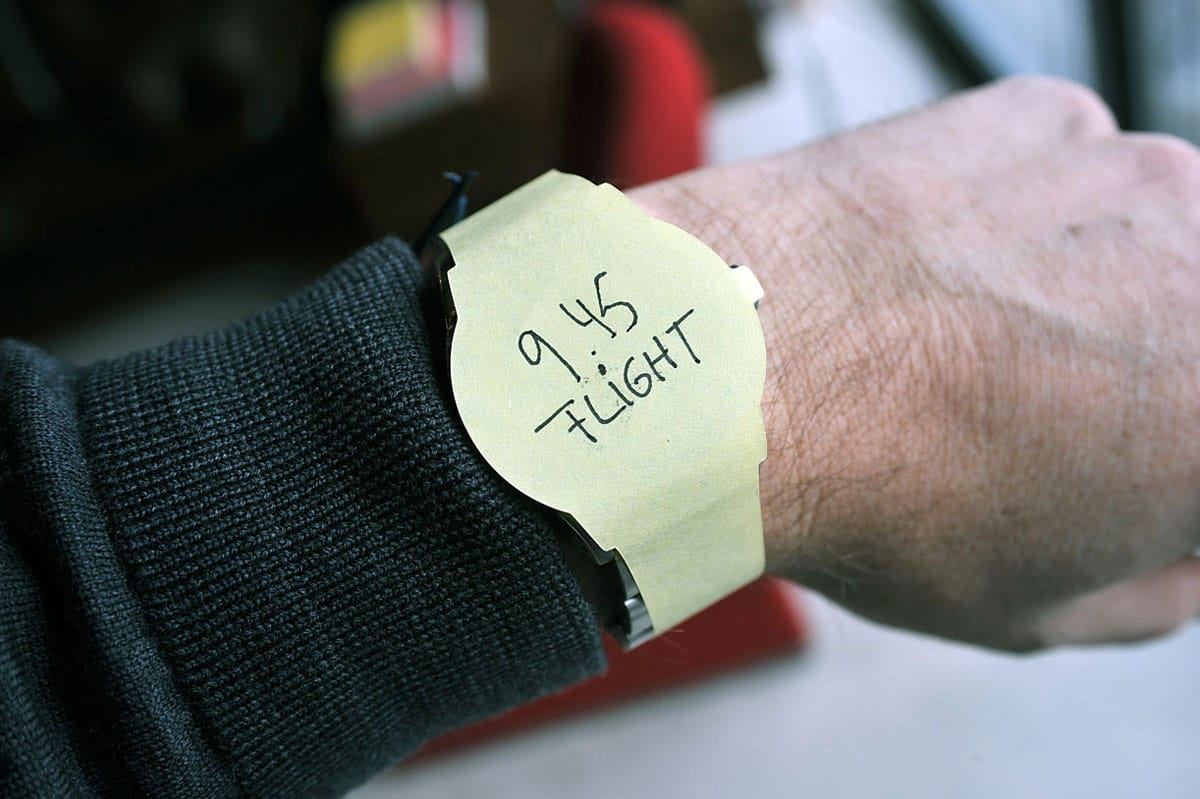 wrist-post-it-note