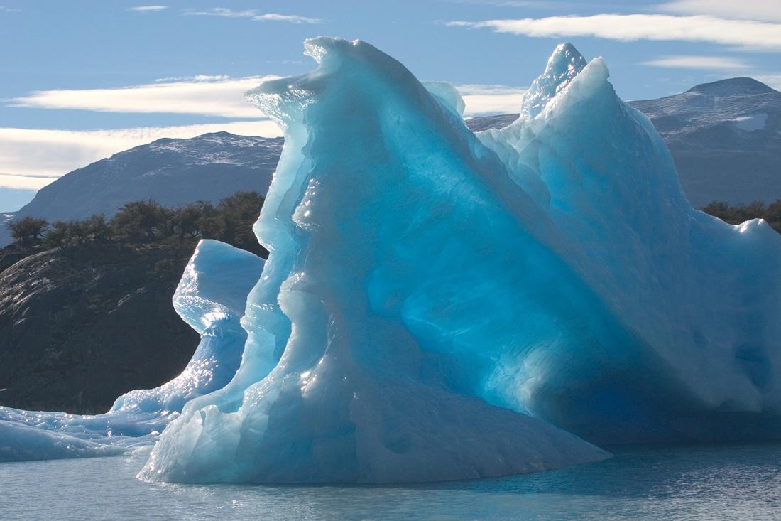 Argentina-Iceberg-Viral-Video