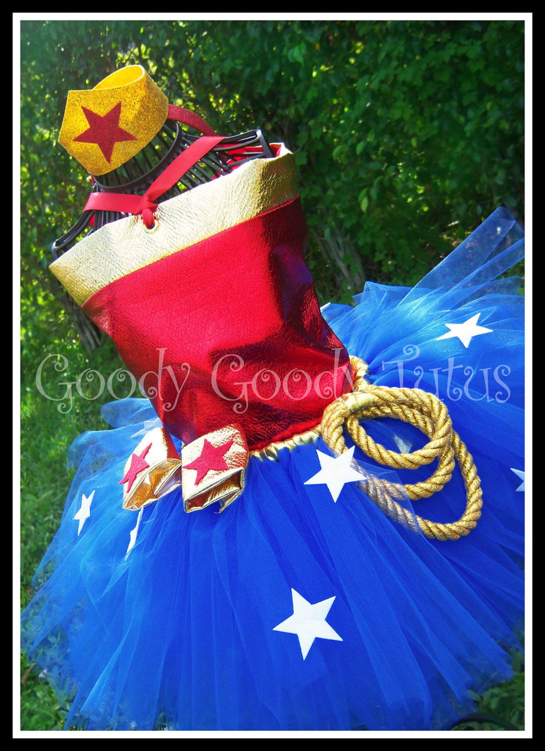 If you are looking to make an easy and adorable Wonder Woman costume, this tutorial has everything you need. I made this costume for my son Elias's superhero birthday party. My little girl had just turned one and looked fiercely adorable in this Wonder Woman tutu and onesie.