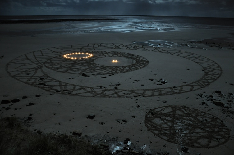 concentric beach drawing candles