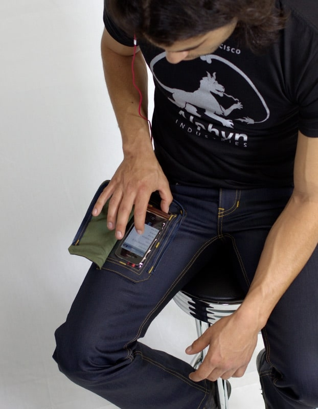 delta-iphone-pocket-jeans
