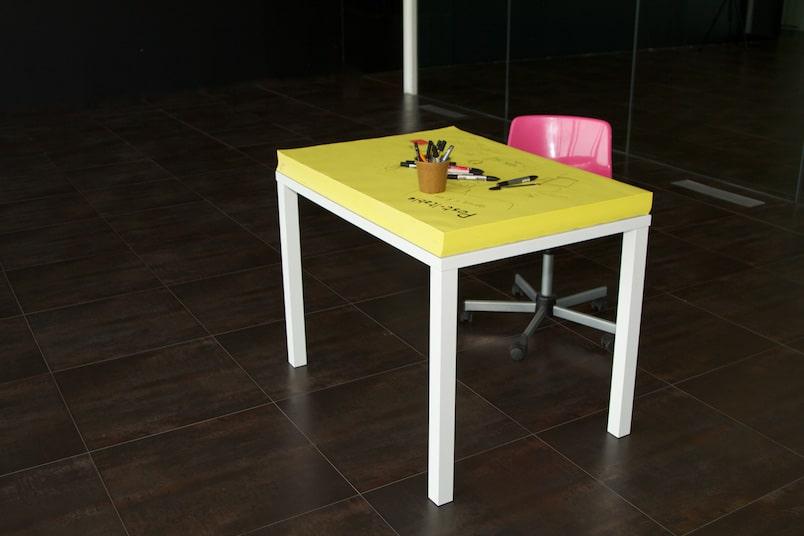 designer-post-it-table