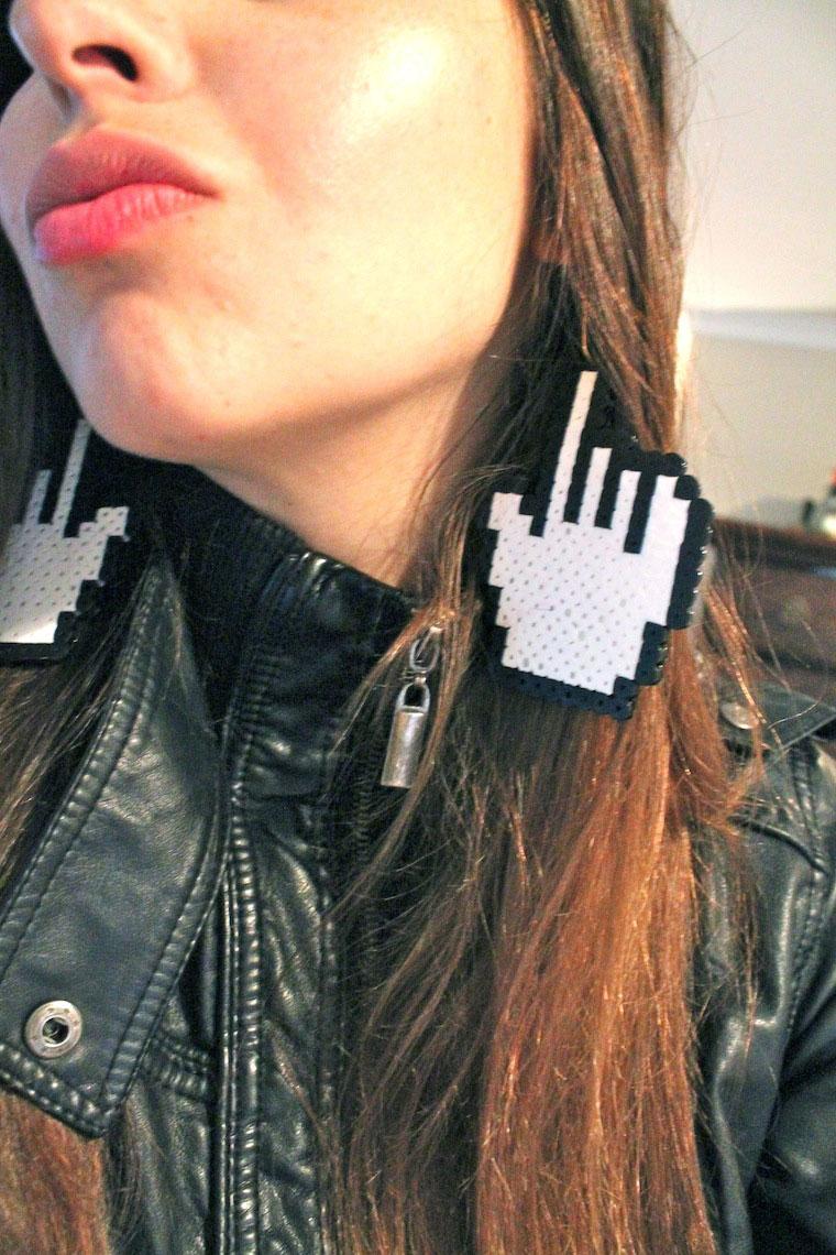 handmade-pixel-mouse-earrings