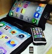 3-Piece iPhone Bed Set For The Ultimate iPhone Addict