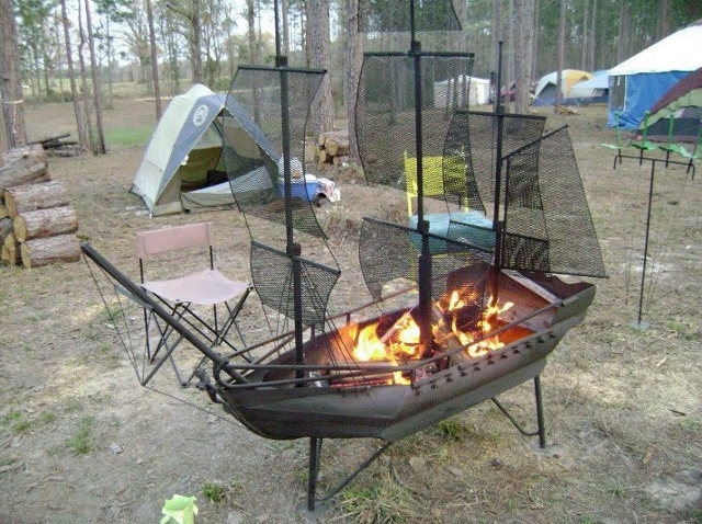 pirate-ship-fire-pit-grill