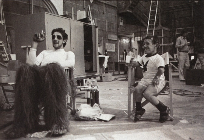 15 Behind The Scenes Photos From Your Favorite Movies