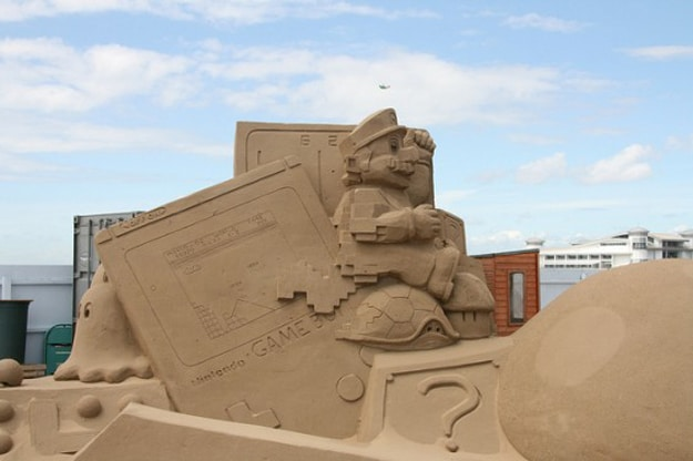 Mario-Sand-Art-Sculpture