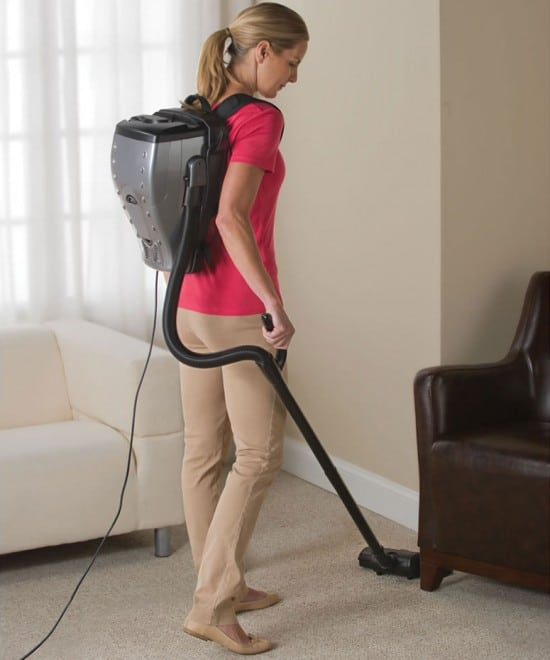 backpack-vacuum-machine-concept