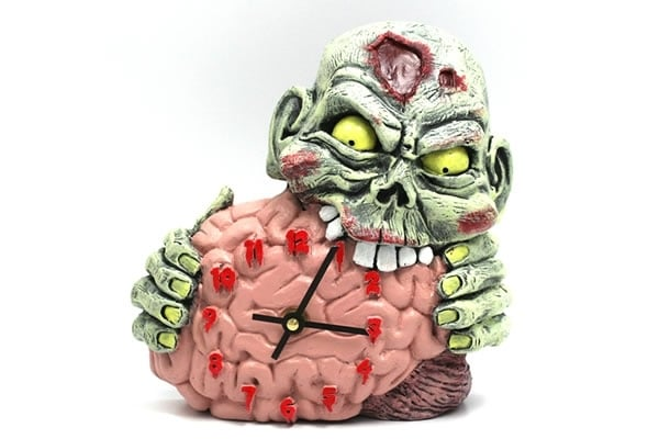 brain-eating-zombie-clock