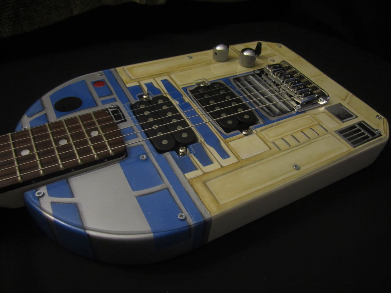 R2-D2 Guitar Build For The Sci-Fi Rockstar