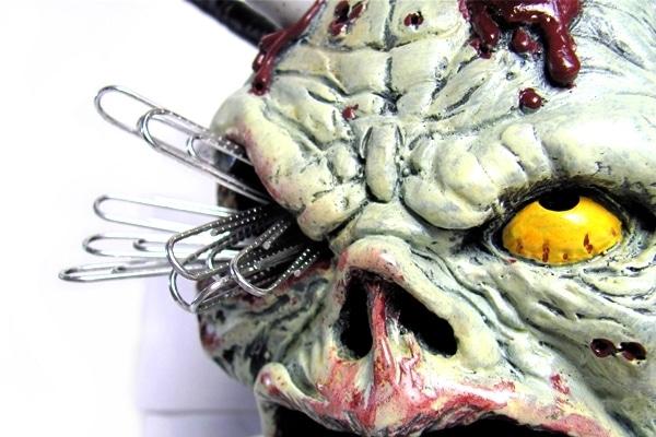 zombie-skull-pencil-holder