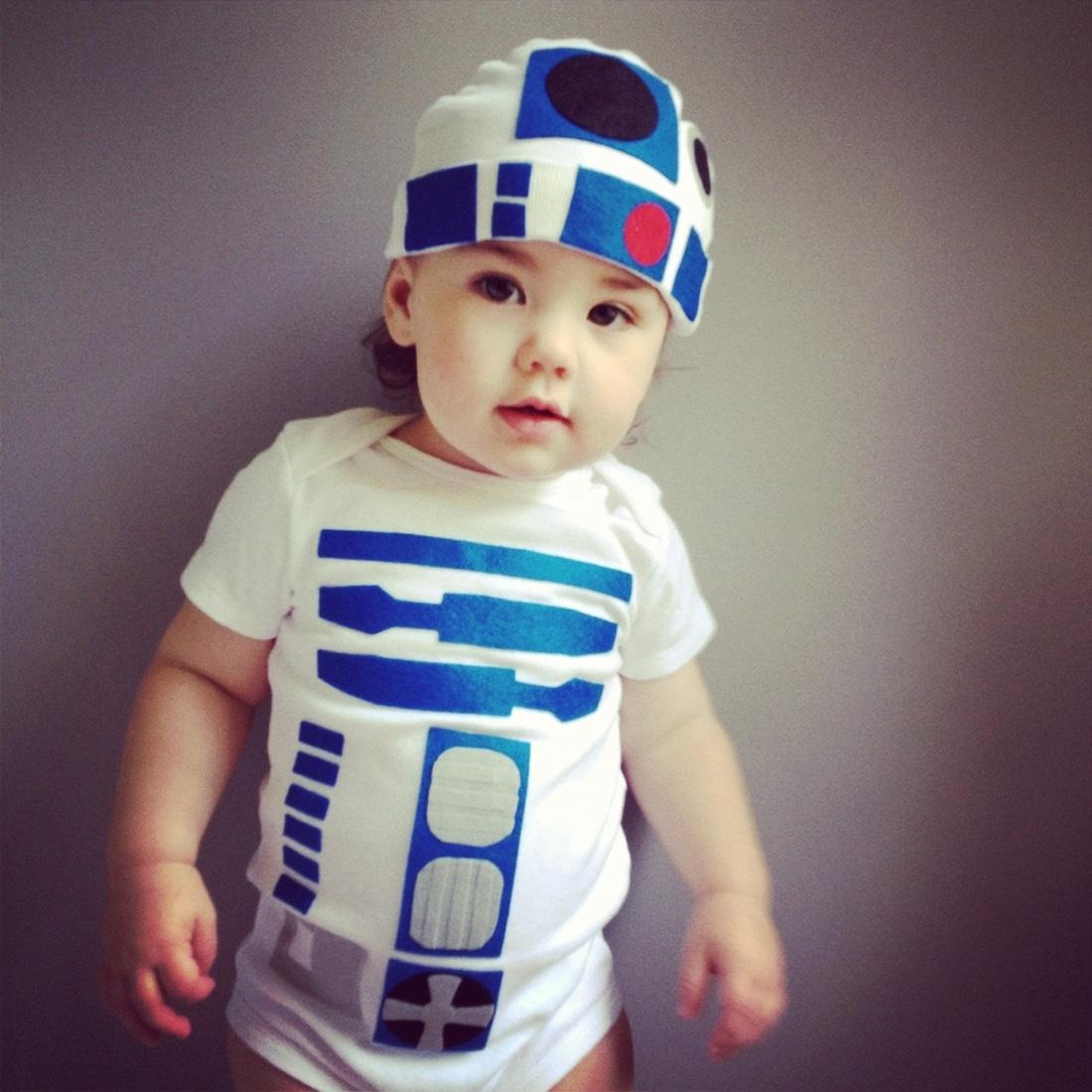 Baby-R2-D2-Costume