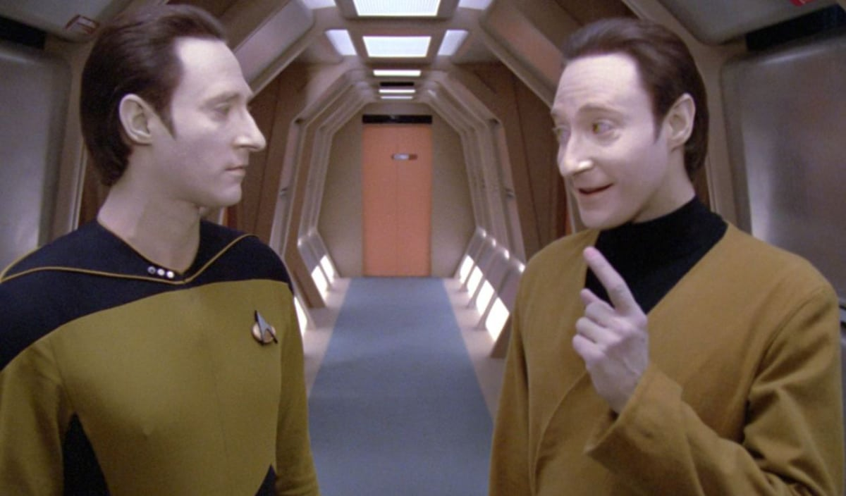 Star Trek Video: Call Me Maybe Redone In Star Trek Lines