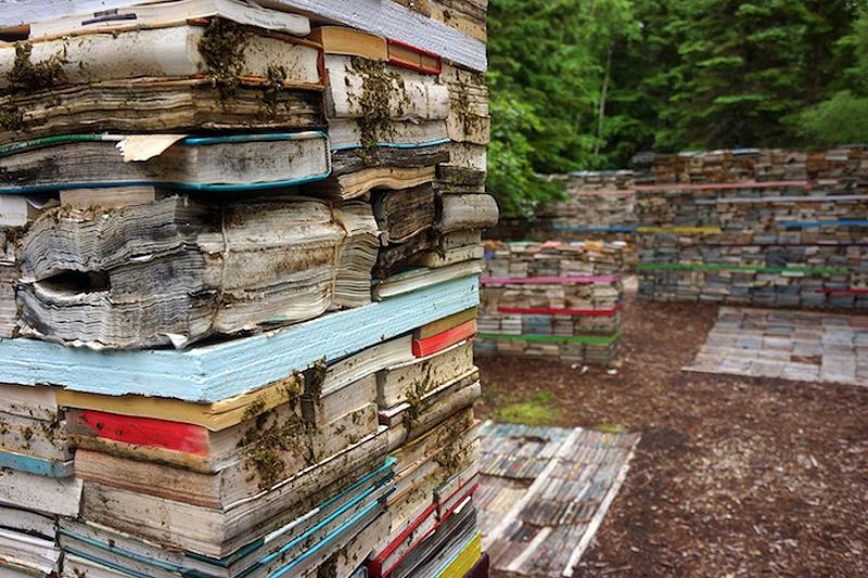 Unusual-Book-Art-Installation