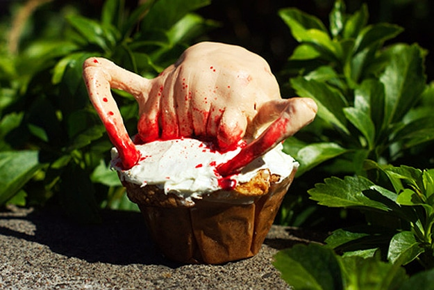 Headcrab-Scary-Bloody-Creative-Cupcake