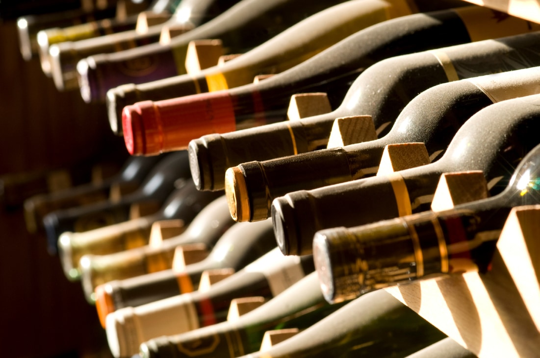 How-To-Choose-Wine-Bottles