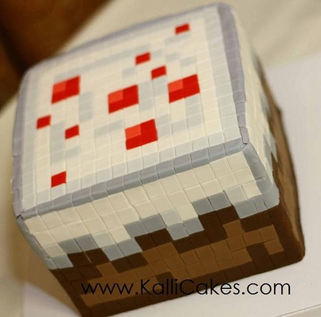 Minecraft-Wedding-Cupcakes-Design