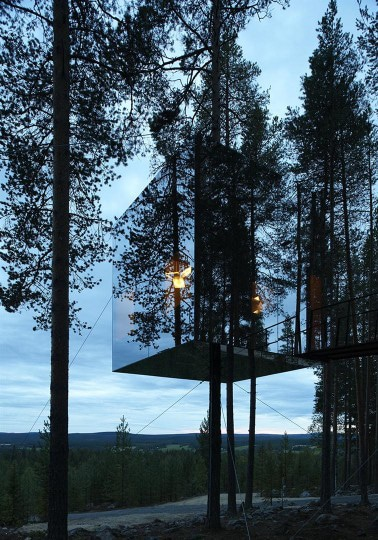 Mirror-Treehouse-In-Sweden-8 Nature Technology Home Design on interior design nature, painting nature, beauty nature, fishing nature, kitchen design nature, science nature, animals nature, home art nature, graphic design nature, architecture nature, photography nature, home drawing nature, diy nature, holiday nature,