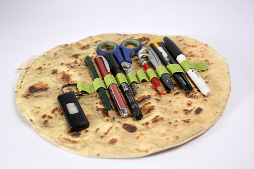 Pita Bread Pencil Holder Makes Getting Organized Look Delish