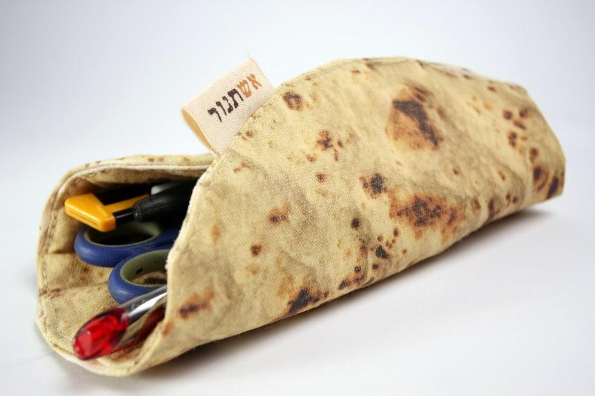 Pita-Bread-Pencil-Holder