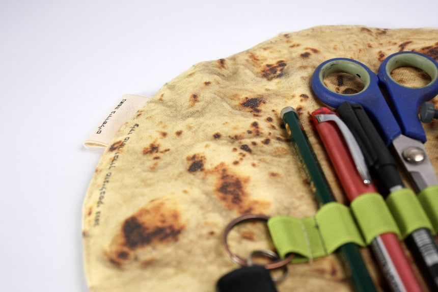 Pita-Bread-Pencil-Holder