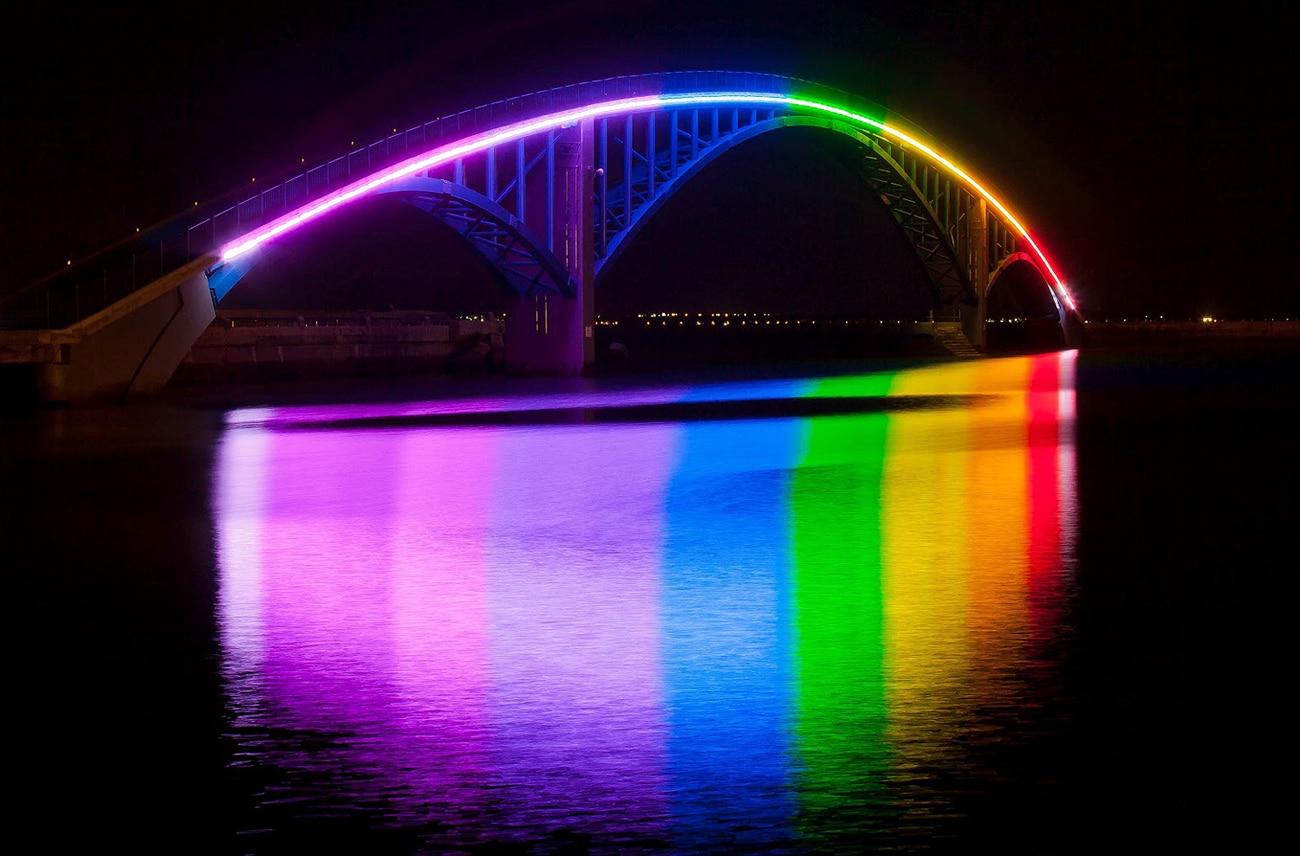 Rainbow-Bridge-Tokyo-Japan
