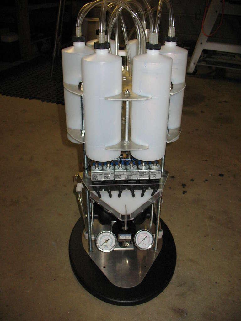 diy robot drink mixer can mix 5 000 drinks instantly. Black Bedroom Furniture Sets. Home Design Ideas