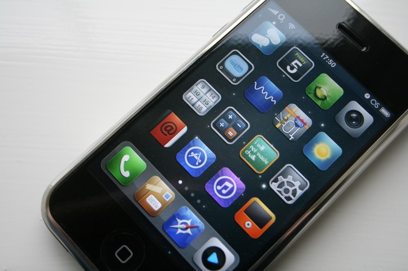 iPhone-5-Concept-Phone-Image