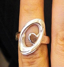 Wedding Ring: Portal Theme Makes It All About Sharing A Heart