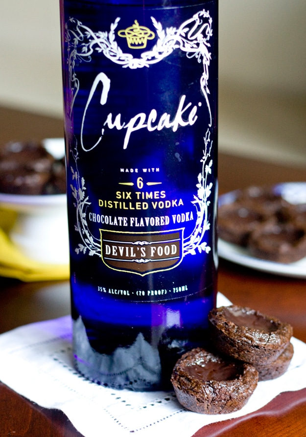 Chocolate-Brownie-Vodka-Shots