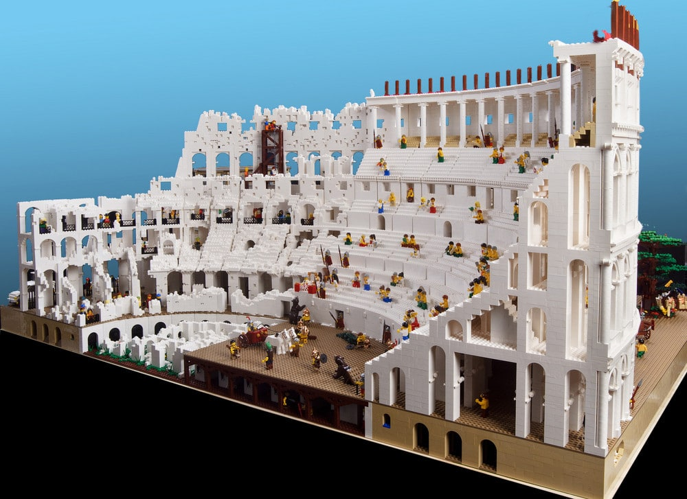 Incredible Roman Colosseum Built With 200,000 LEGO Bricks