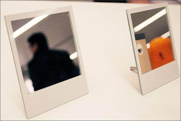 Polaroid-Picture-Compact-Mirror