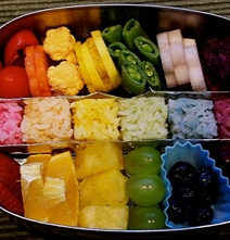 10 Rainbow Bento Lunch Options To Inspire You With Colors