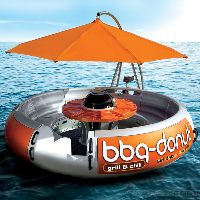 BBQ Boat Is The Ridiculous Hipster Way To Barbecue