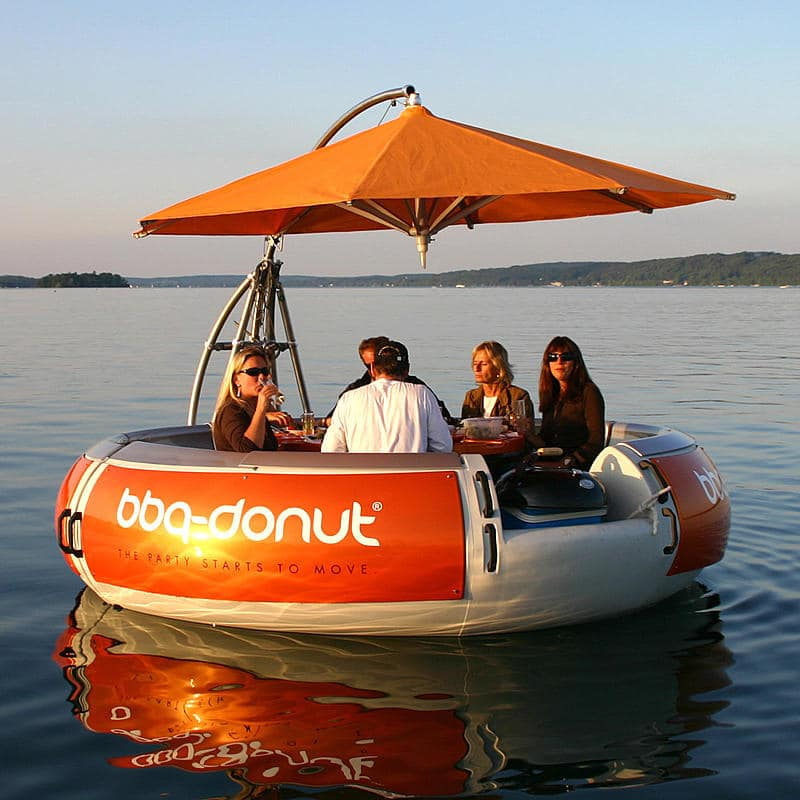 bbq-boat-donut-concept