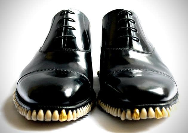 horror-shoes-tooth-sole