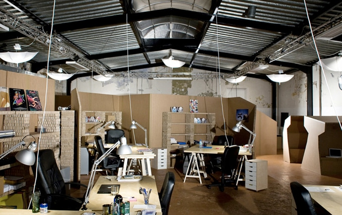 recycled-office-desk-design
