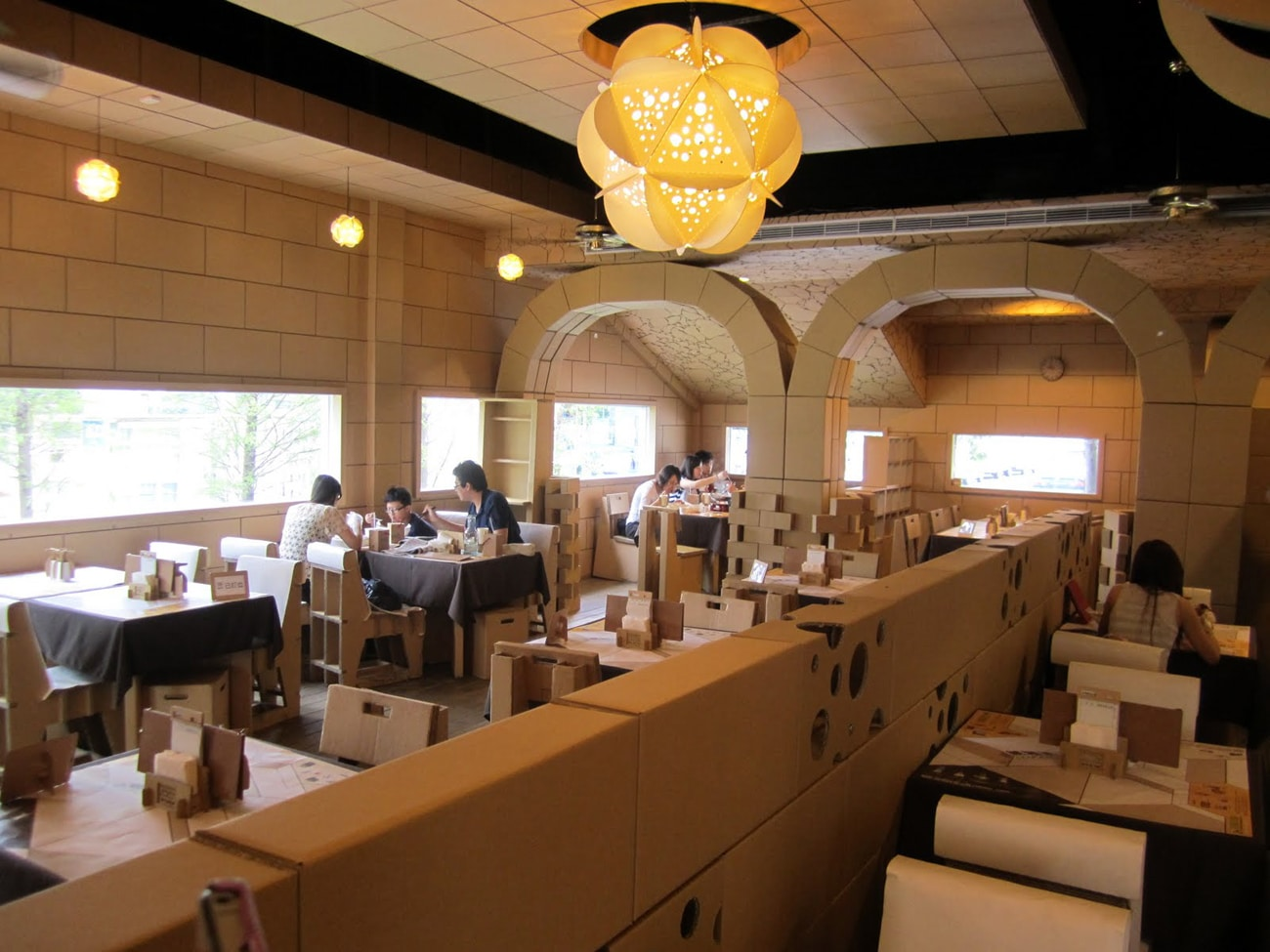 Cardboard Design: An Elegant Restaurant Created From Cardboard